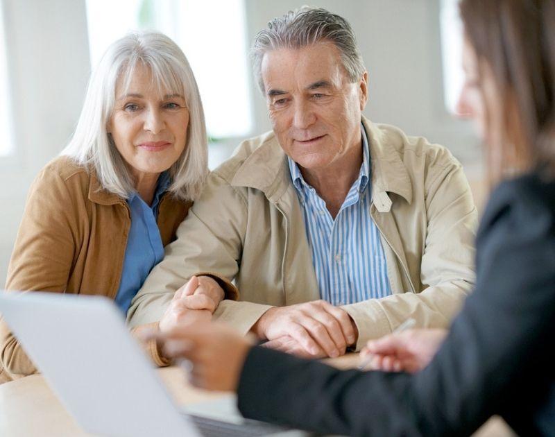 couple discussing retirement
